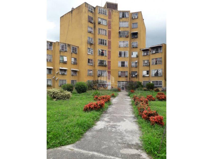 maa 1053 apartamento en urb augusto malave villalba