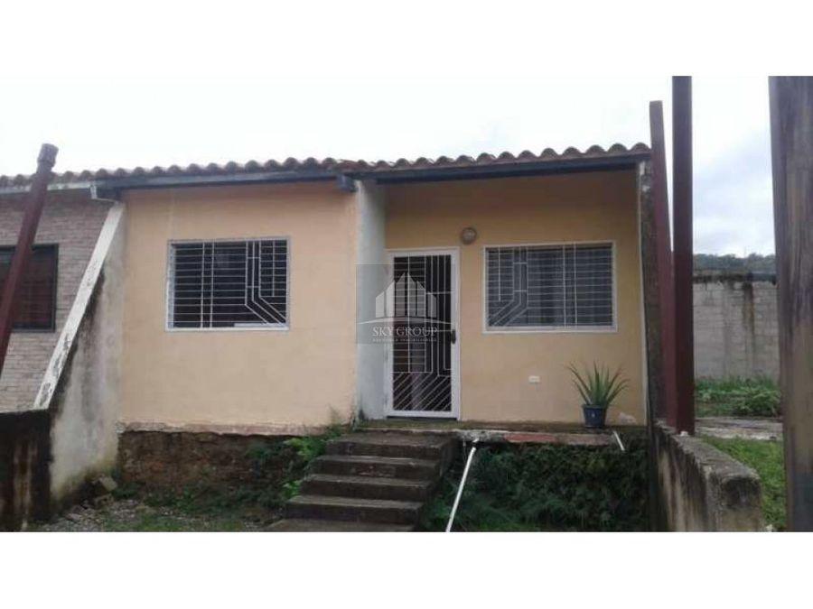 mac 569 casa lomas de la hacienda san diego