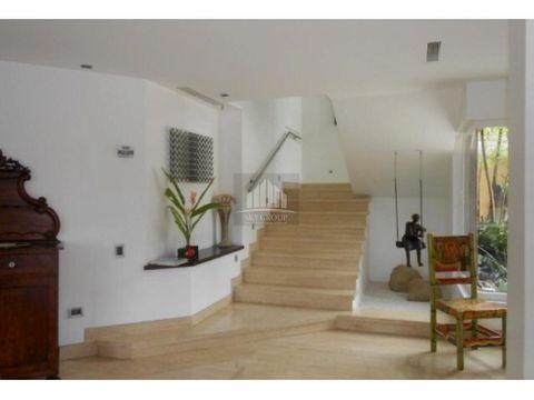 mac 393 casa guataparo country club 1003 m2