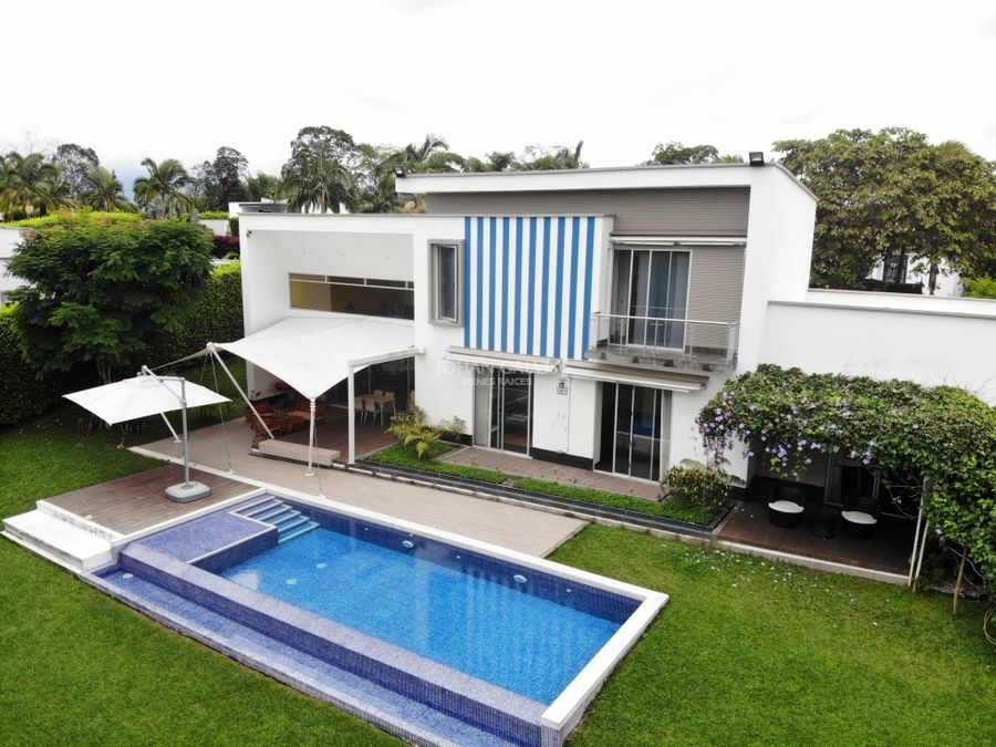 casa campestre con piscina de sal