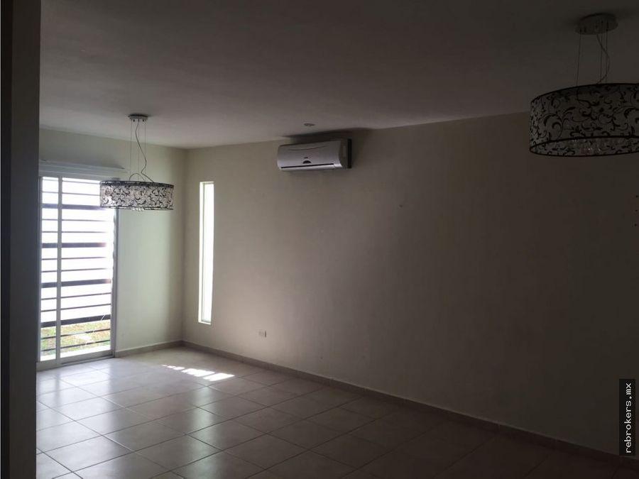 casa en venta cumbres sta clara mty n l