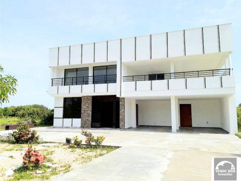 exclusiva casa en venta en condominio en cartagena cerca al mar