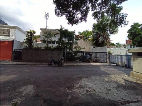 se vende casa en altamira de 620 mts calle cerrada