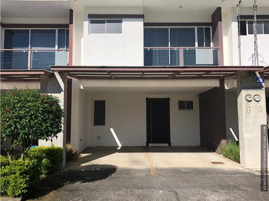 venta de casa en concepcion tres rios