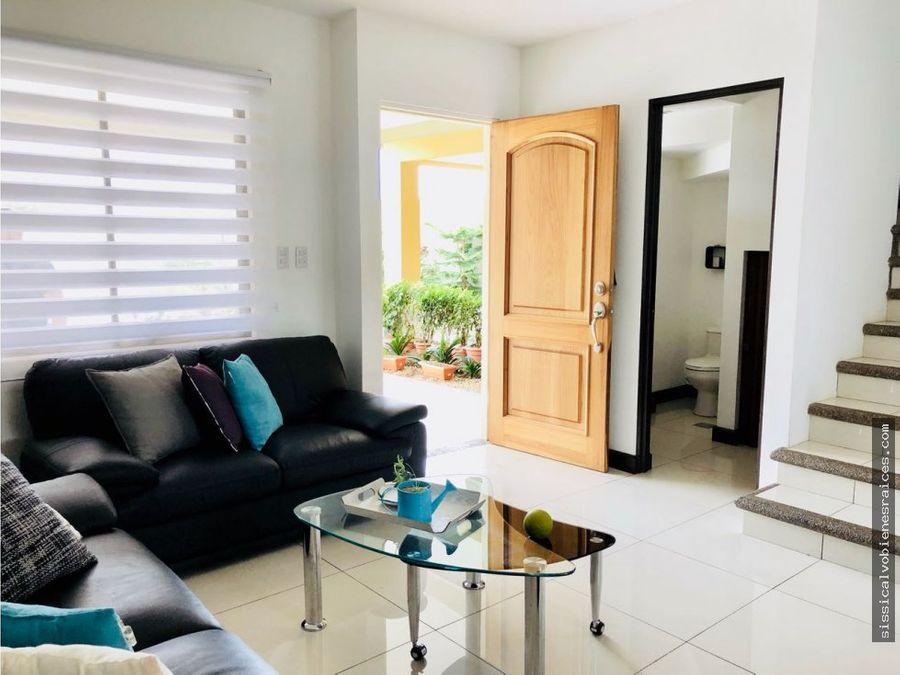 venta de casa en condominio la floresta
