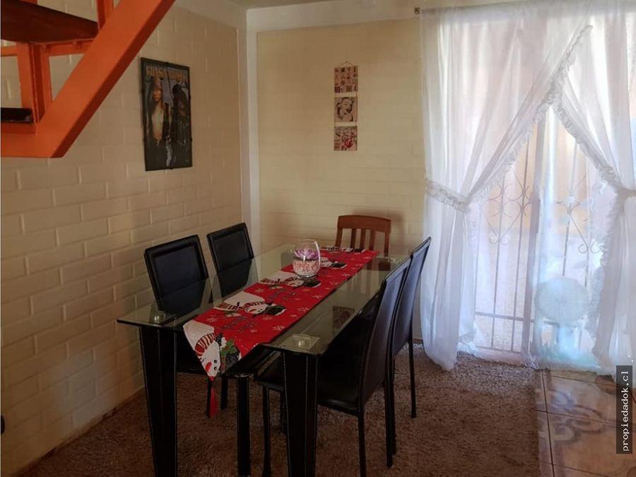 casa esquina en quilicura excelente estado aire acondicionado