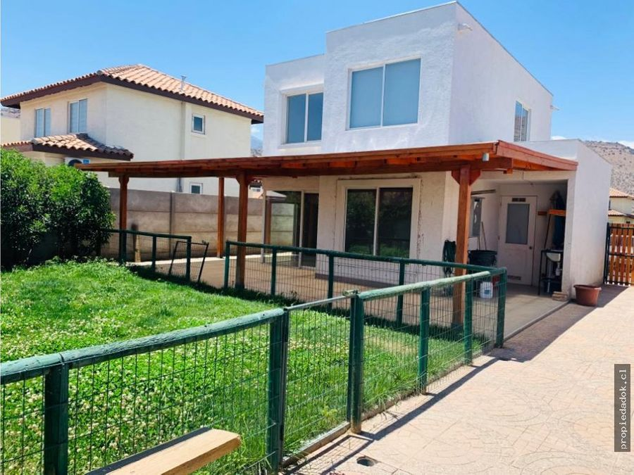 casa en condominio el rodeo ayres de chicureo