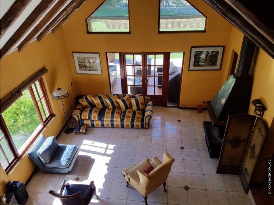 espectacular casa a la venta en parcela calera de tango