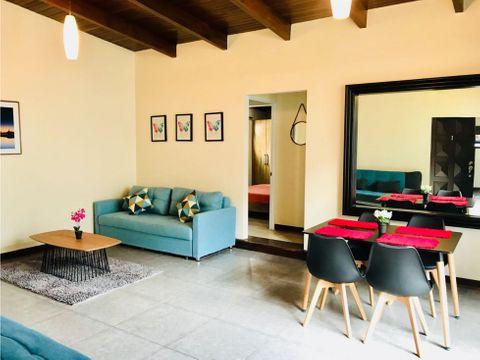 apartamento en rohrmoser amplio con servicios incluidos a0295