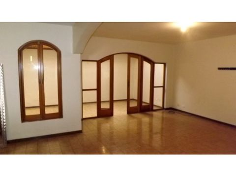 casa en rohrmoser segura y en condominio a0985