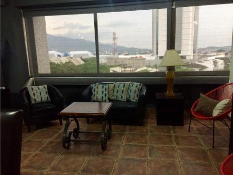 apartamento en rohrmoser moderno y amoblado a1113