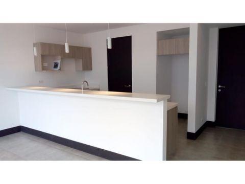 apartamento en rohrmoser con linea blanca a0992