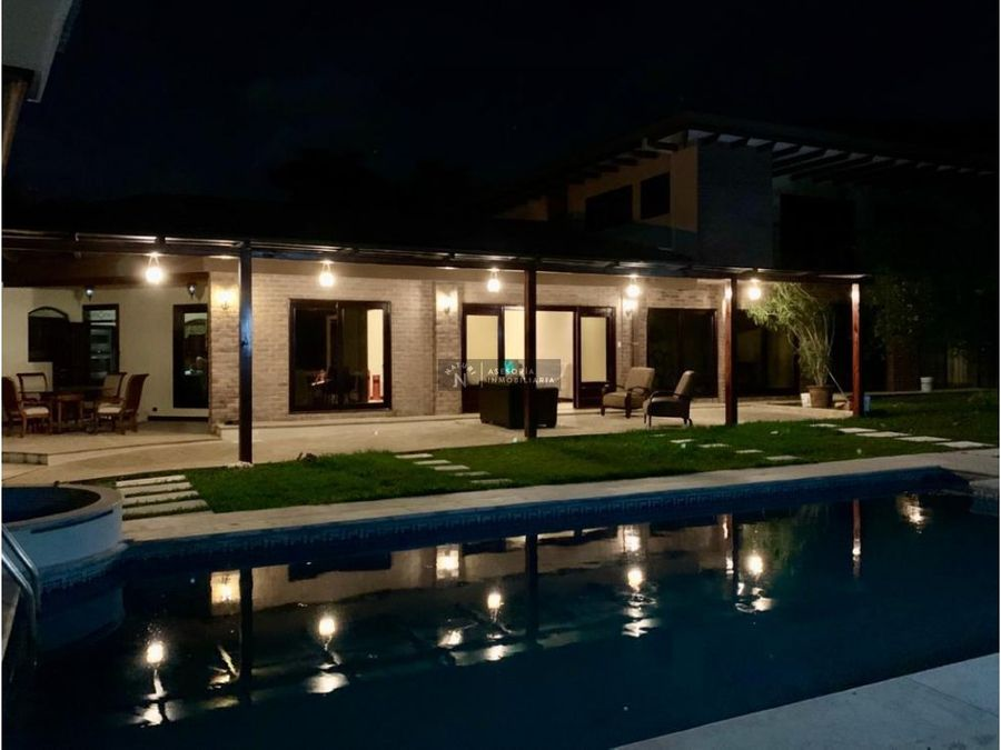 venta alquiler residencia rio oro santa ana