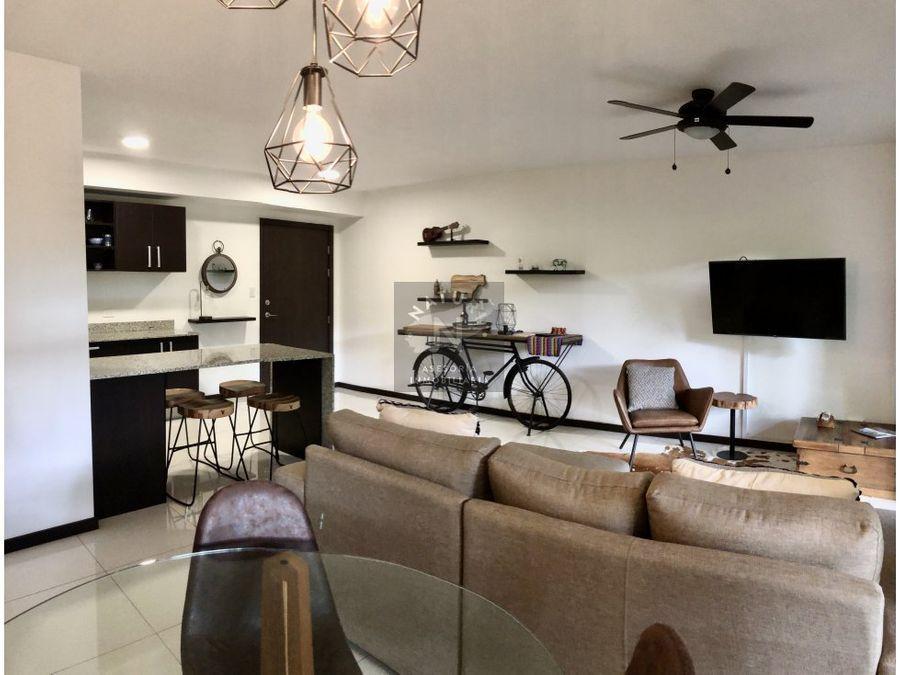 venta apartamento amplio en santa ana
