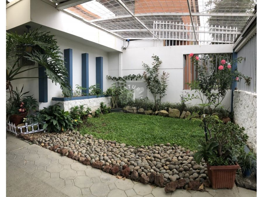 venta casa uso suelo mixto en robledal la uruca