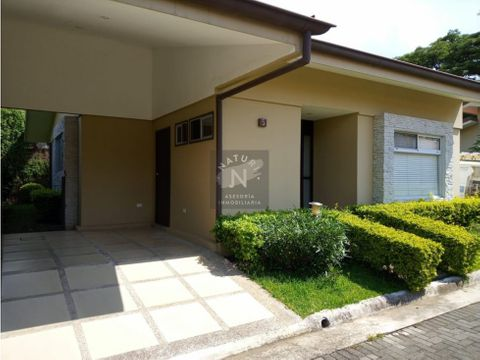 alquiler casa condominio santa ana centro