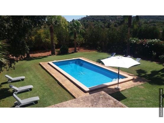 precioso chalet con piscina