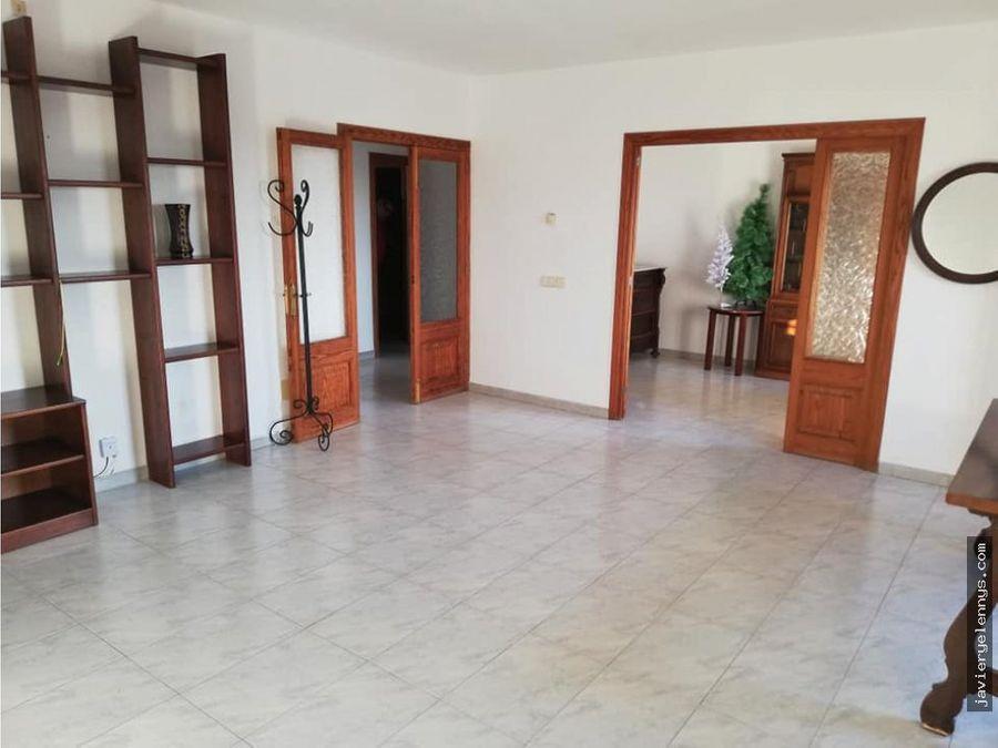 gran piso de 4 habitaciones