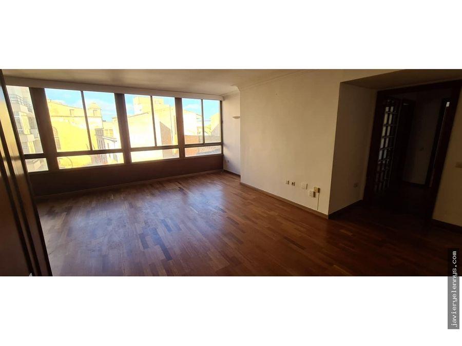 espacioso piso de 4 habitaciones en manacor