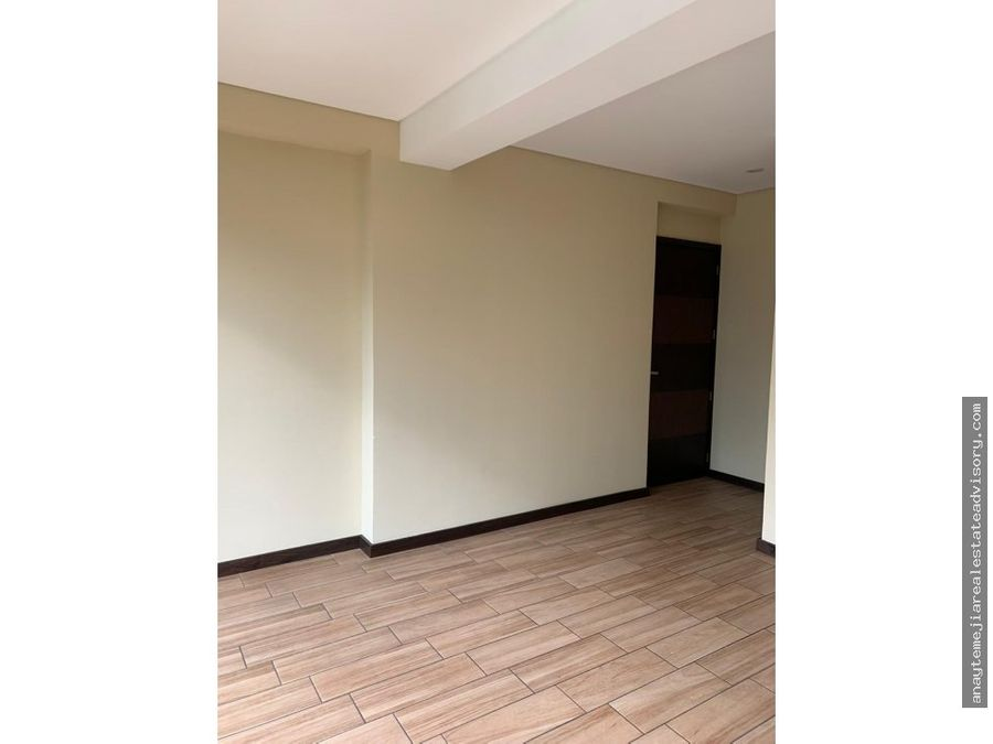 apartamento en venta edificio agora zona 15 vh2