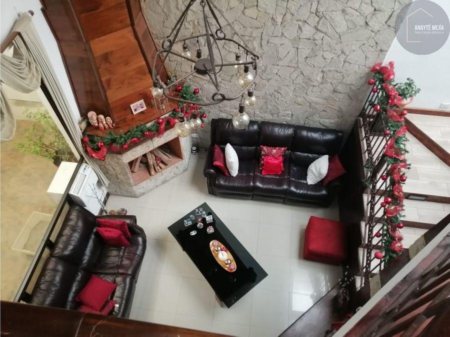 casa en renta zona 16