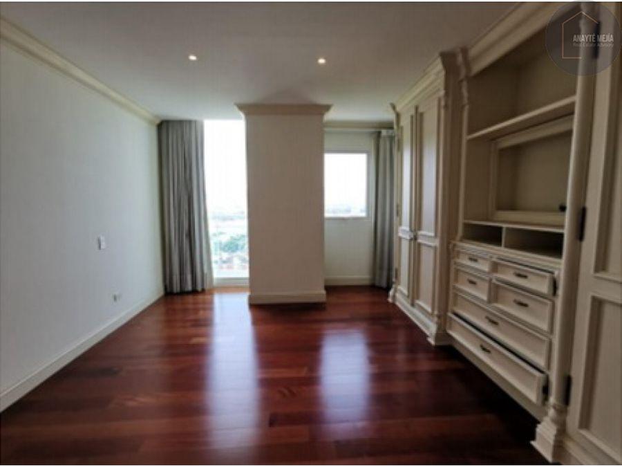 apartamento en renta en edificio villa risho