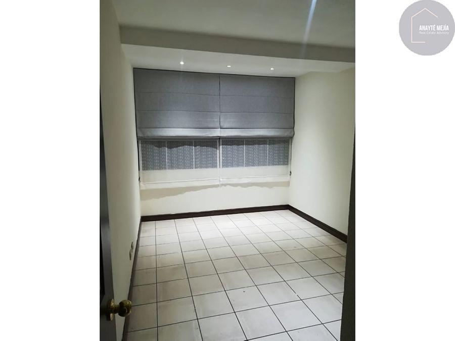 apartamento en renta edificio pacifica plaza zona 14