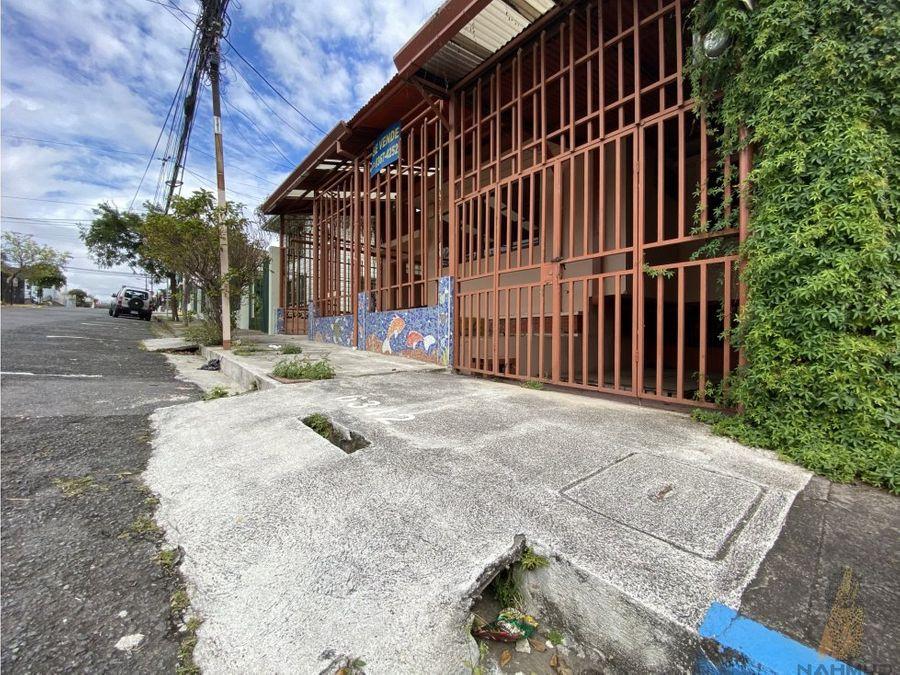 se vende casa de uso mixto en la zona de escalante fire sale