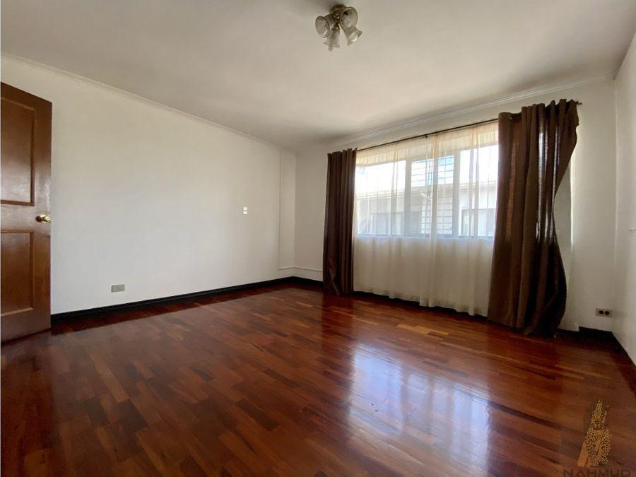 se alquila apartamento en sabana norte