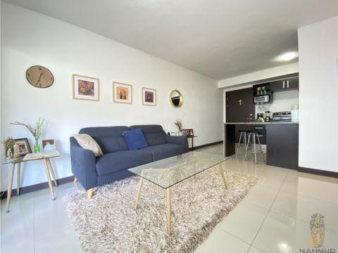se vende apartamento en condominio en santa ana