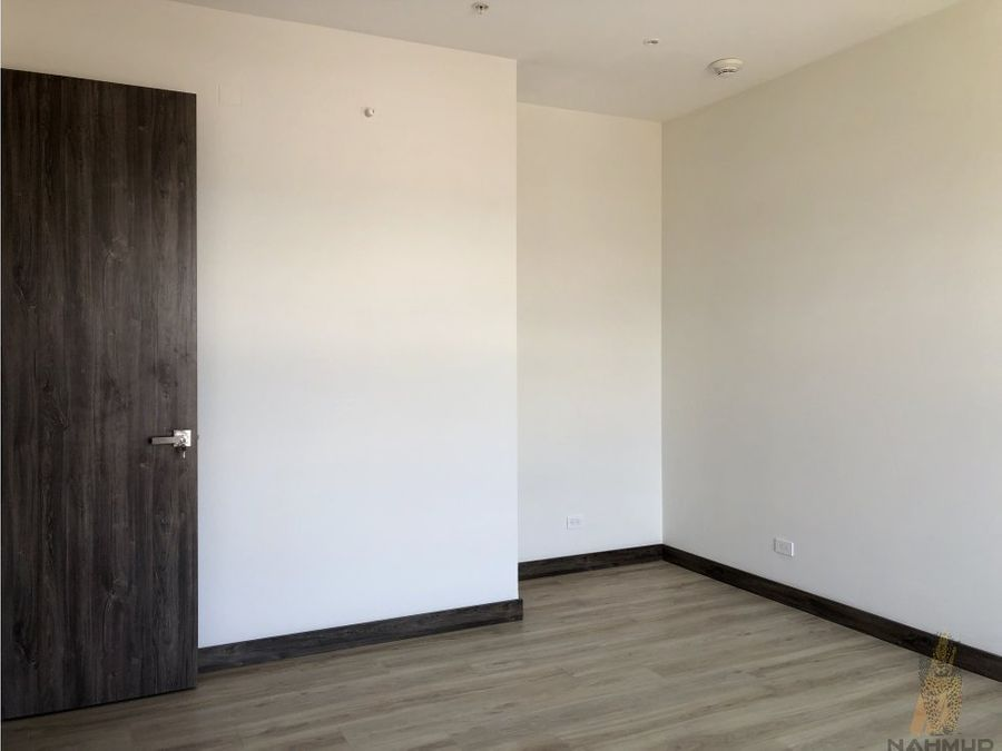 se vende apartamento en san rafael de escazu
