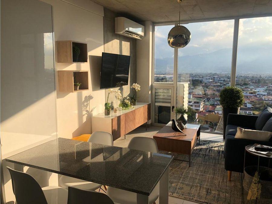 se alquila apartamento en torre en curridabat