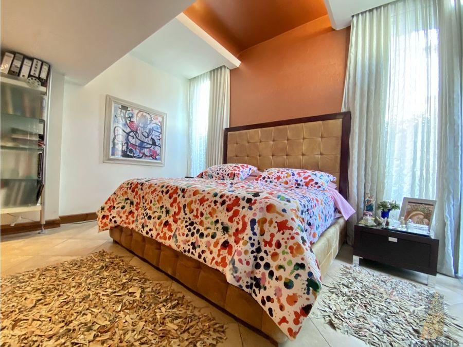 se vende exclusiva casa en los laureles de escazu precio rebajado