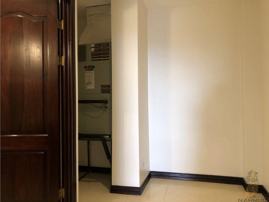 se alquila apartamento en escazu lb