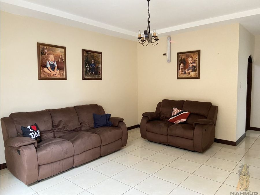 se vende casa en residencial en coronado