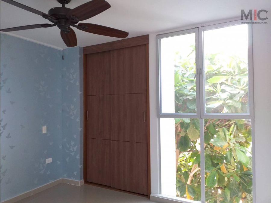 venta de casa de dos plantas en villa campestre barranquilla