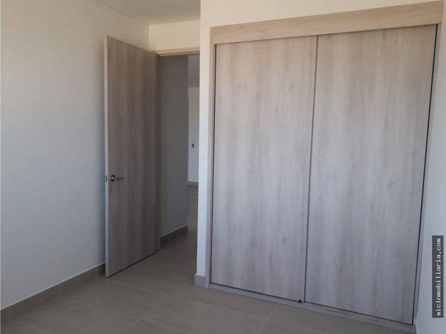 vendo apartamento en sabanilla cerca al mar