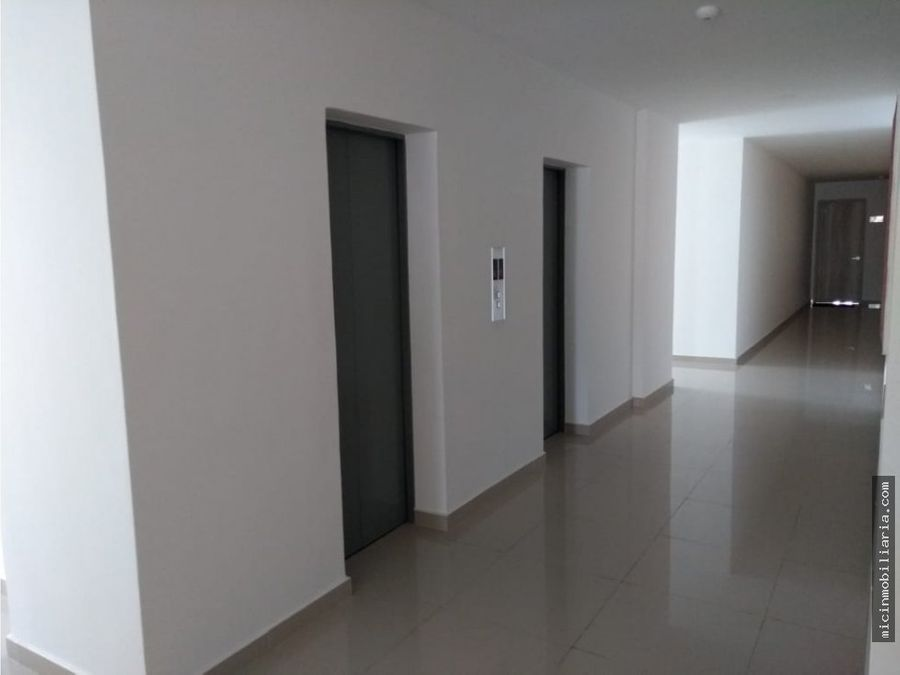 venta de apartamento altos de riomar
