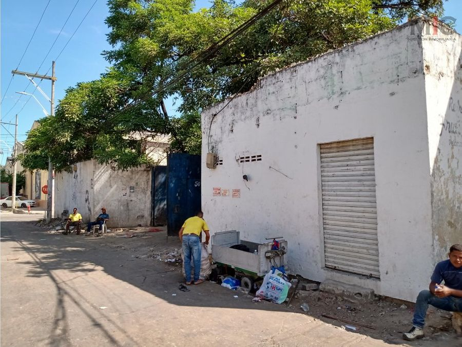 se vende bodega abierta 1580 metros en barrio abajo via 40