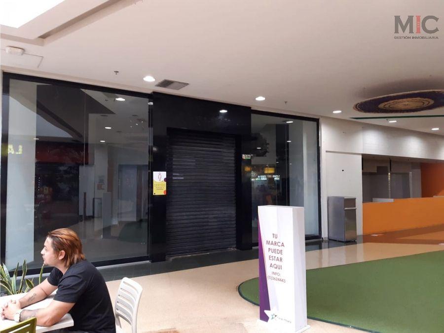 arriendo local plaza de comidas en centro comercial soledad