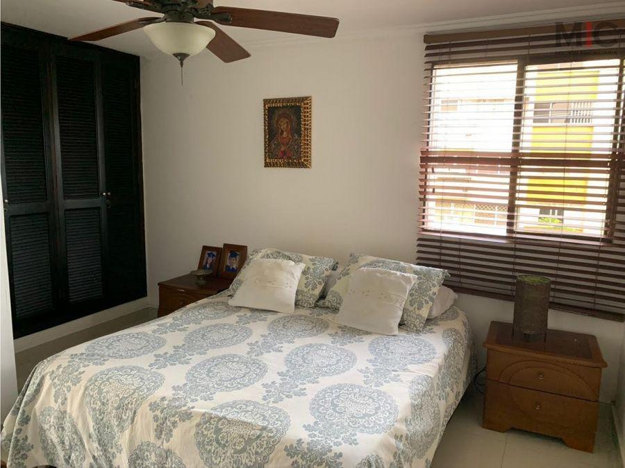 venta de apartamento en altos de riomar barranquilla