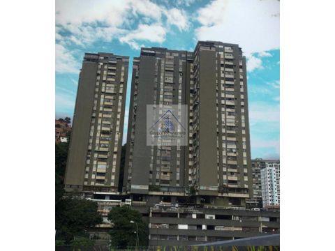 apartamento en venta urb el paraiso