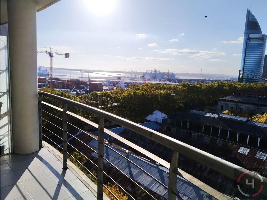 excelente apartamento con hermosa vista a la bahia