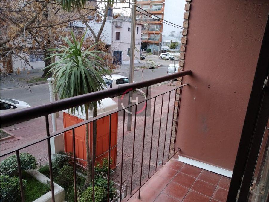 balcon al frente excelente ubicacion