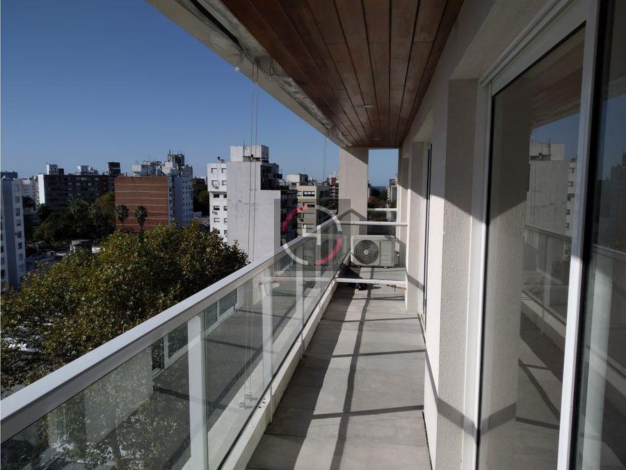 a estrenar balcon y cocina definida excelente