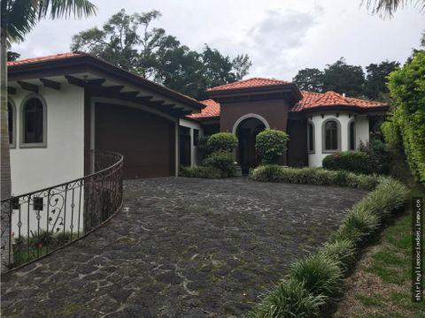 venta de casa de lujo en san rafael de heredia