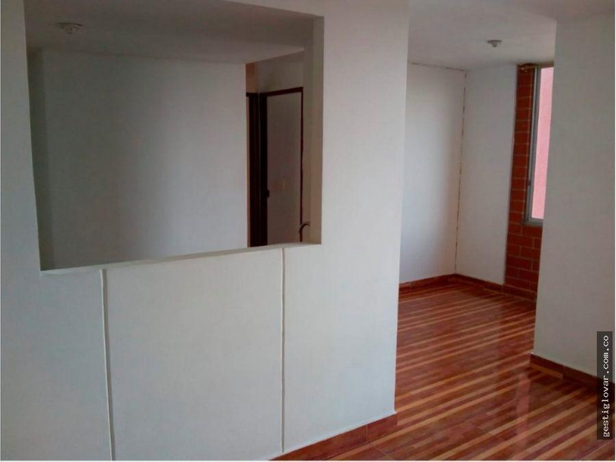 se vende apartamento en vega del rio