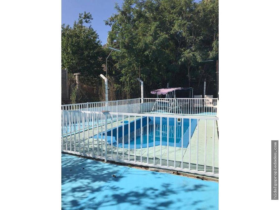 casa aislada con gran terreno y piscina