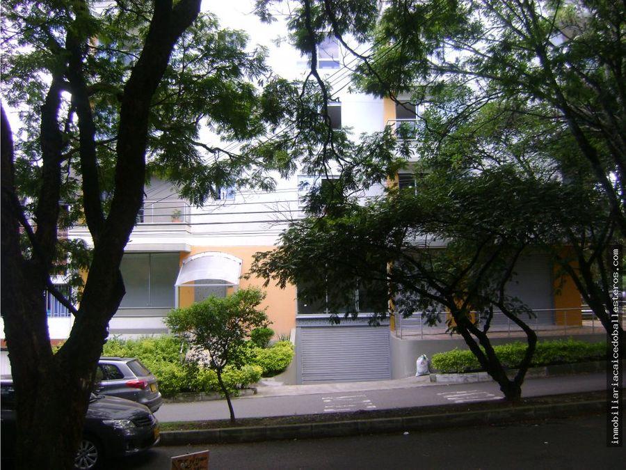 local simon bolivar
