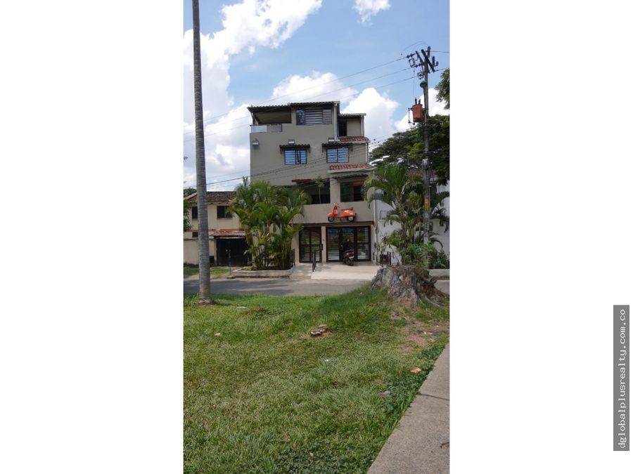 venta excelente hostal apartasuites en barrio la cascada oportunidad